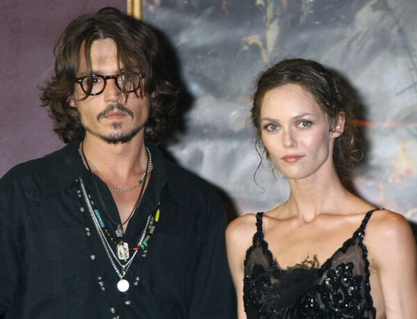 Johnny Depp accusé de violences conjugales : Vanessa Paradis prend sa défense